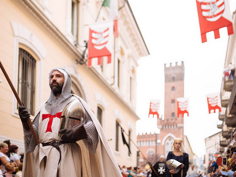 Куда поехать из Турина на один день: Асти, Пьемонт, Италия