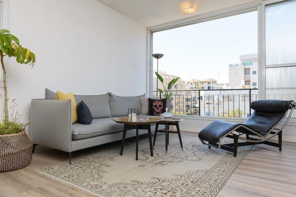 Gipsy Beach Apartment On Ben Gurion (Бен-Гурион, Тель-Авив)