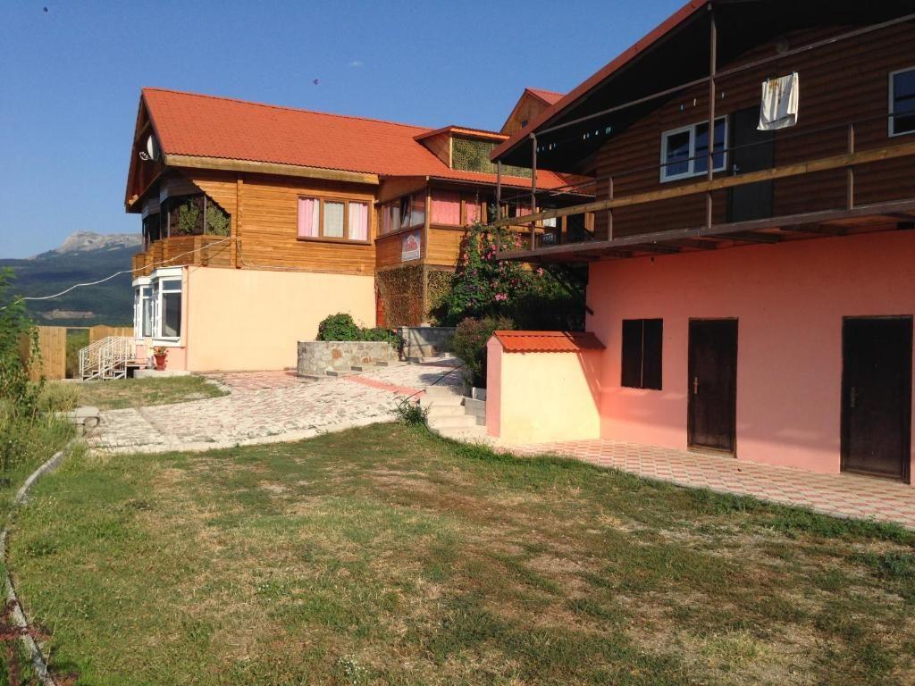 Гостевой дом «Горная Антавия» (с. Лучистое, Алушта)