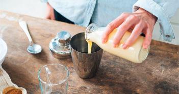 Рецепт молочного коктейля с корицей и кофе (ингредиенты, фото и видео)