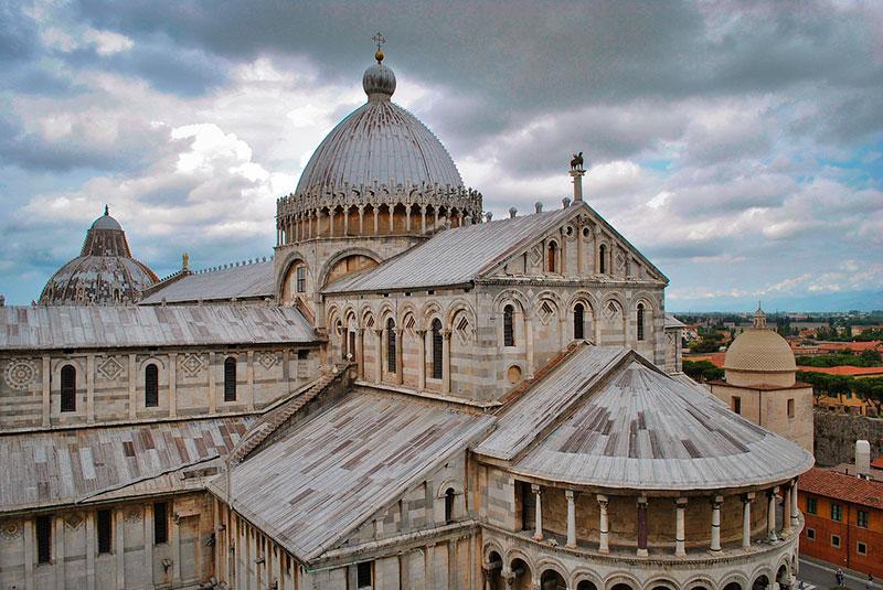 Экскурсии из Генуи: Площадь Чудес в Пизе