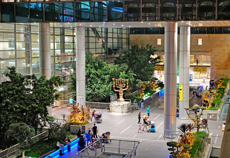 Зал прибытия в аэропорту Бен-Гурион (Тель-Авив, Израиль)