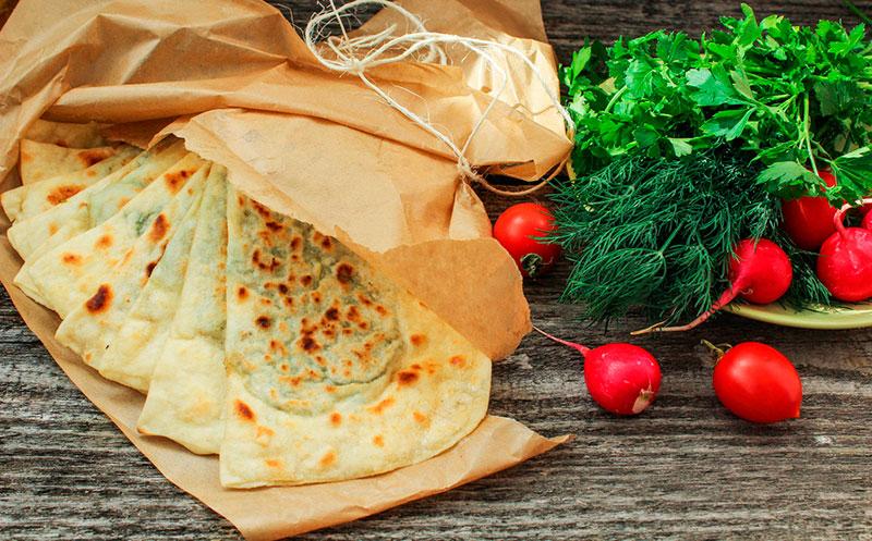 Кутабы с мясом и зеленью по-азербайджански: тесто, ингредиенты, рецепт приготовления