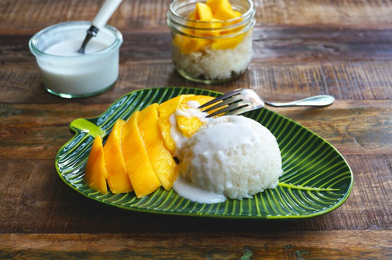 Десерты в Таиланде: Манговый рис (Mango Sticky Rice)