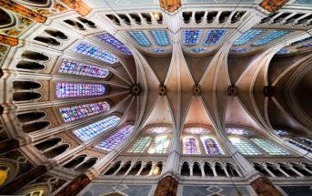 Коллекция фото Шартра — города, расположенного в 90 км от столицы Франции и прославившегося знаменитым собором с великолепными витражами и акустикой.