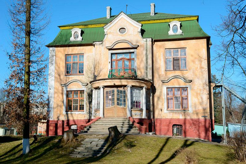 Достопримечательности Калининграда: немецкие особняки Амалиенау