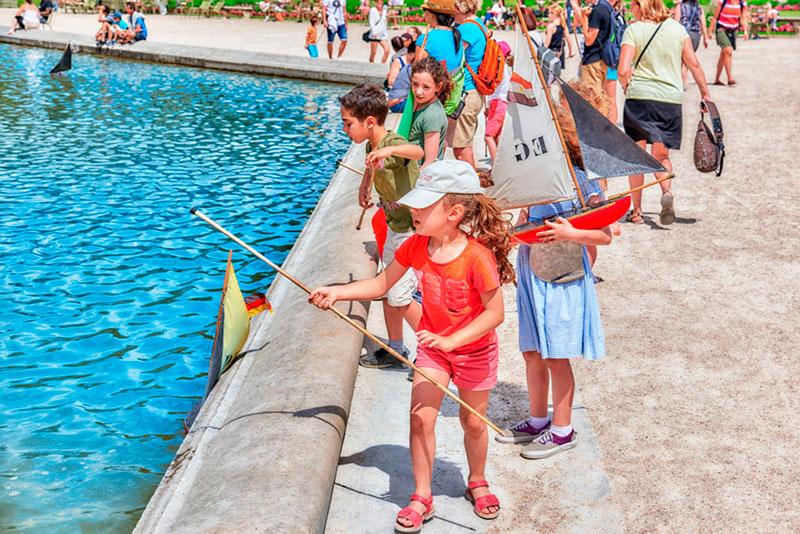 Париж с детьми: отдых в Люксембургском саду Париж с детьми Отдых в Париже с детьми kuda shodit v parizhe s detmi 2