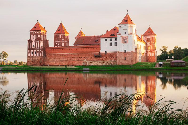 Экскурсии из Минска на один день: Мирский замок