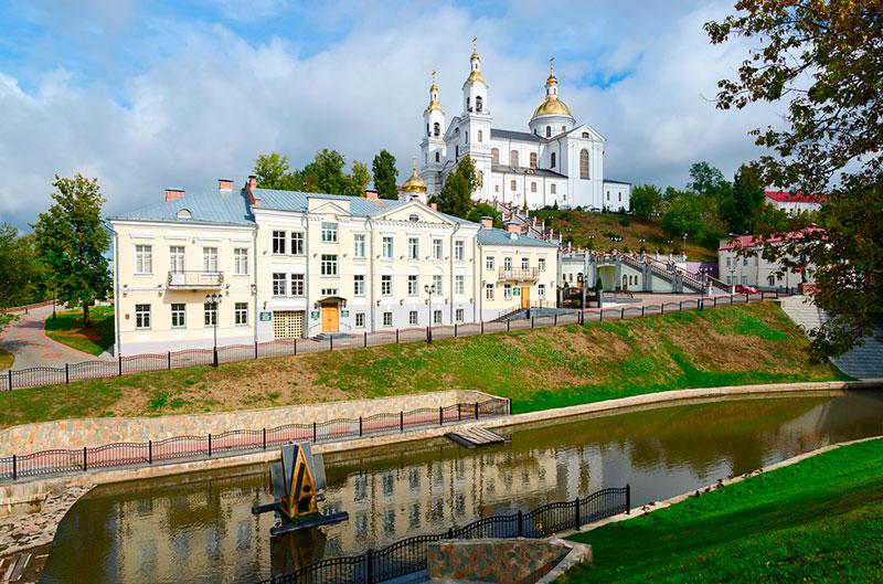 Экскурсии из Минска в Витебск: набережная города