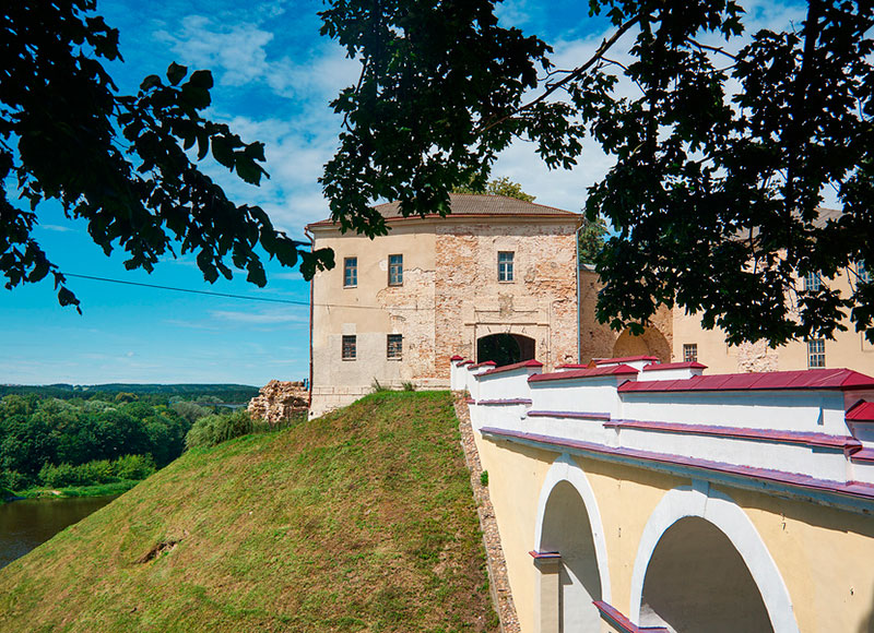 Экскурсии из Минска в Гродно на один день: Старый замок
