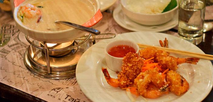 Уличная еда Сингапура: что попробовать из блюд и напитков