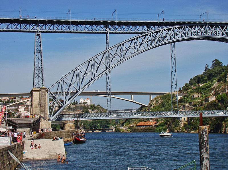 Мост Дон Луиш в Порту: как подняться на верхний уровень
