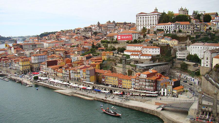 Как подняться на мост Дона Луиша I в Порту, Португалия