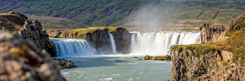 Панорама водопада Годафосс, Исландия
