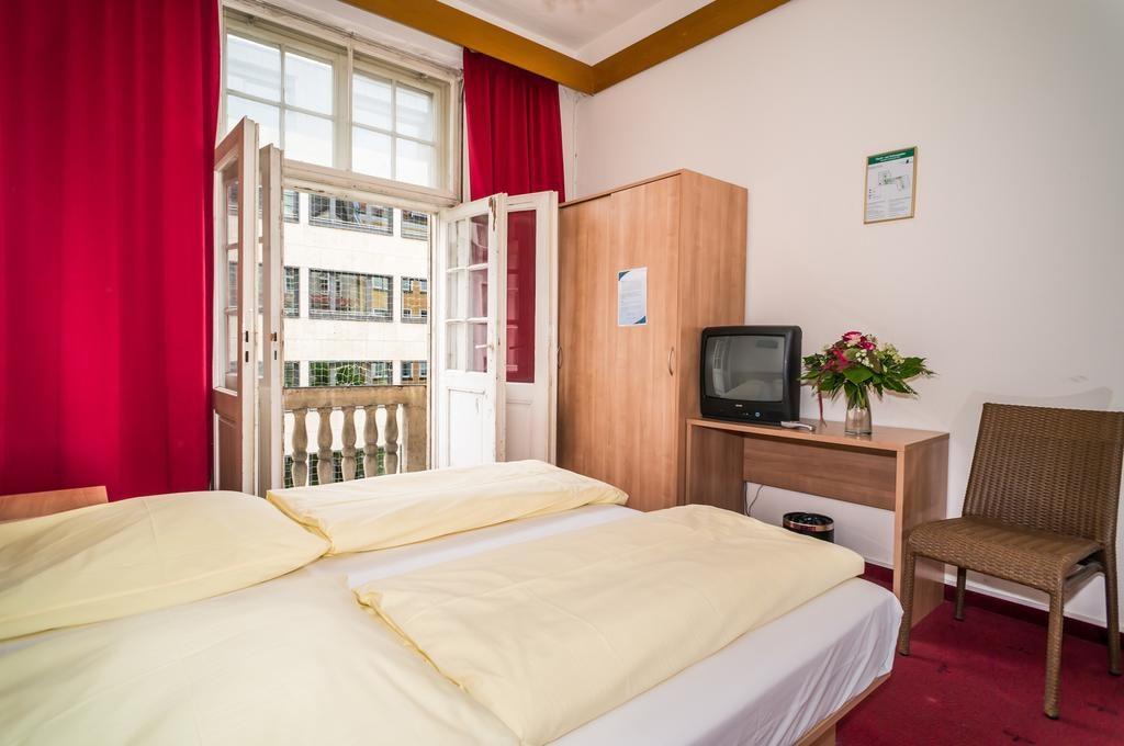 Smart Stay Hotel Station (Мюнхен, Германия)