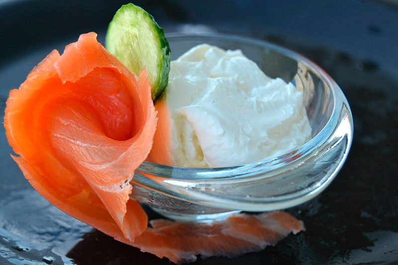 Ингредиенты для рулетов с лососем и сыром (рецепт)