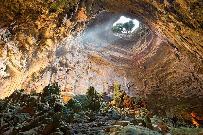 Пещеры в Кастеллана-Гротте (Бари, Италия)