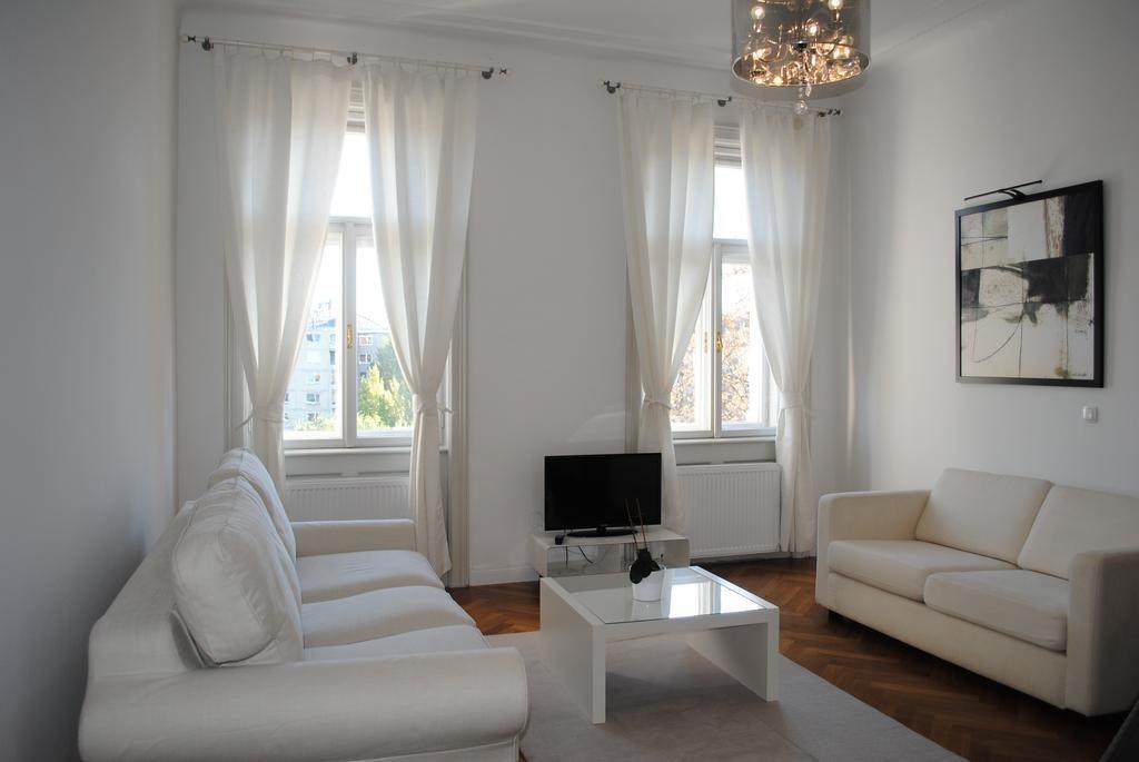 Апартаменты Kunsthaus Apartments (Вена, Австрия)