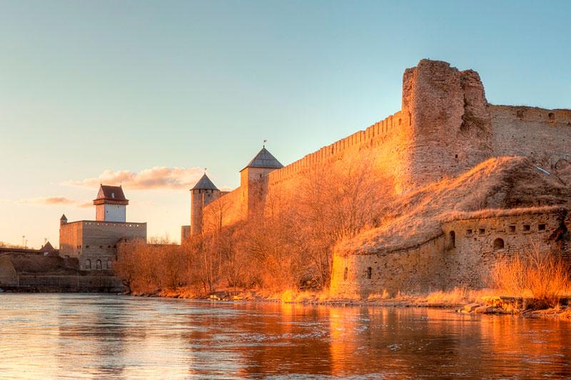 Поездка из Таллина в Нарву: Нарвская крепость