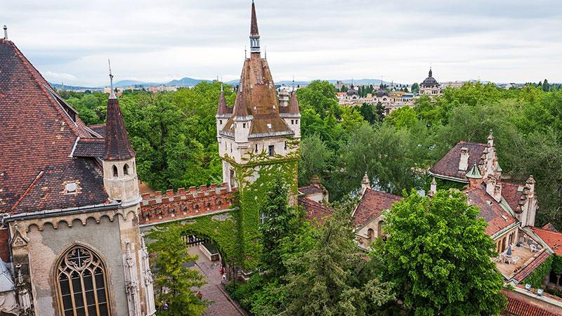 Вайдахуняд, Будапешт: съемка с квадрокоптера