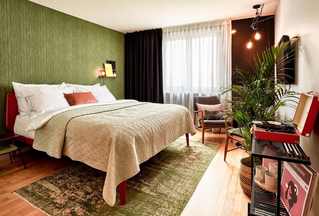 Отели в центре Вены: Max Brown 7th District
