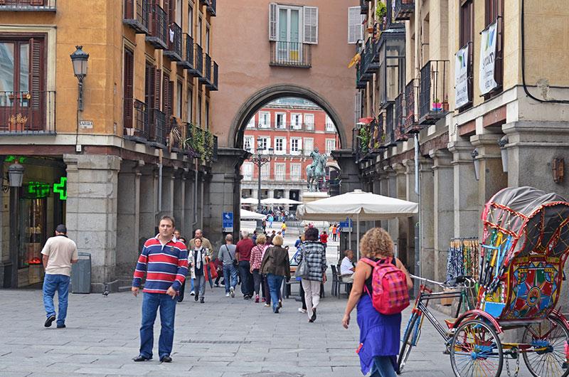 Улицы рядом с Пласа Майор (Мадрид, Испания)