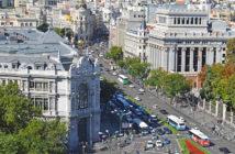 Вид на Пасео-дель-Прадо с площади Сибелес