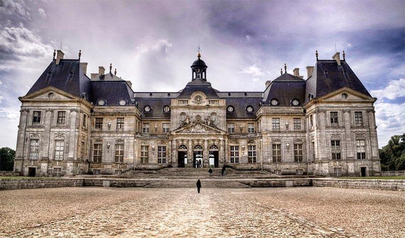 Замок Во-ле-Виконт (Château de Vaux-le-Vicomte) в пригороде Парижа