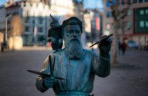 Памятник Брейгелю старшему (Брюссель, Бельгия)