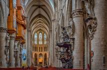 Экскурсии из Антверпена: Кафедральный собор Брюсселя