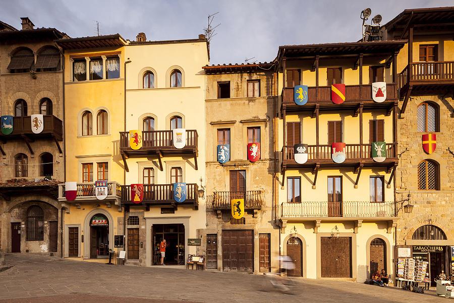 Центральная площадь Ареццо (Тоскана, Италия)