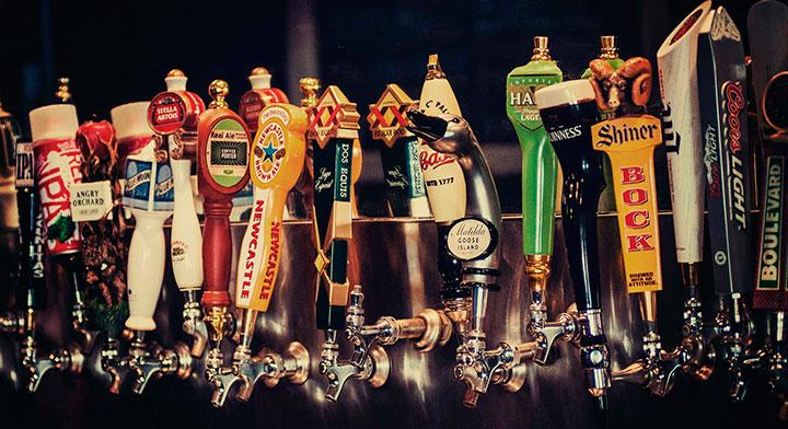 Какие сувениры привезти из Ирландии: пиво
