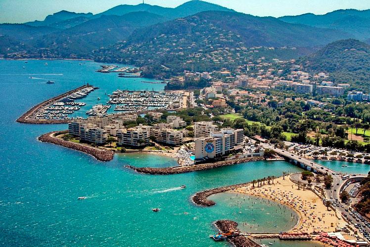 Курорты Франции: город Манделье-ля-Напуль Курорты Франции Лучшые курорты  Франции morskie kurorty francii 8
