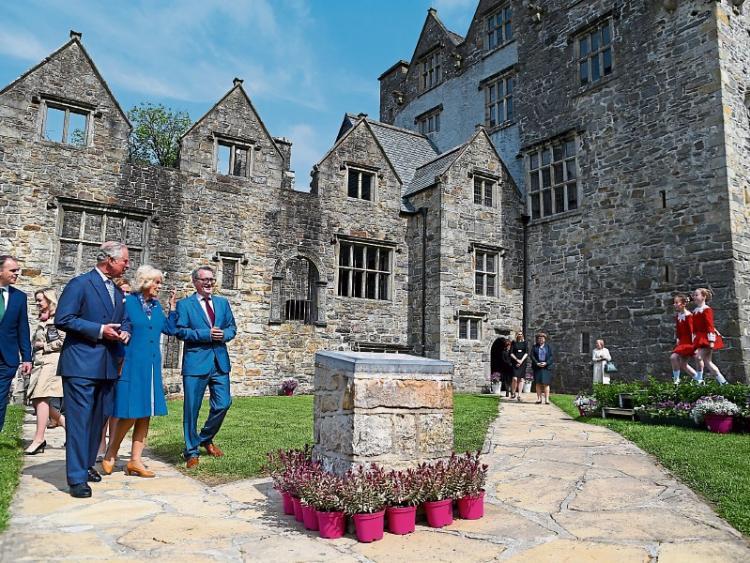 Принц Чарлз в замке Донегол, Ирландия