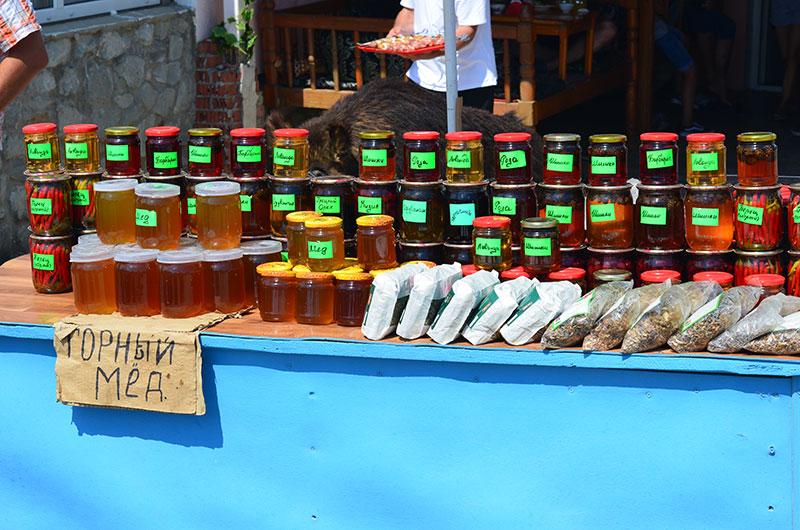 Какой мед попробовать в Крыму: горный на Ай-Петри!
