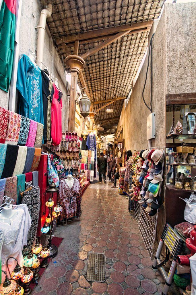 Вещевой рынок в Дубае