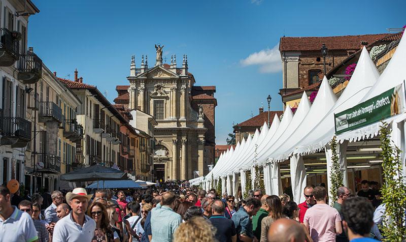 Фестиваль сыра в Бра, Италия