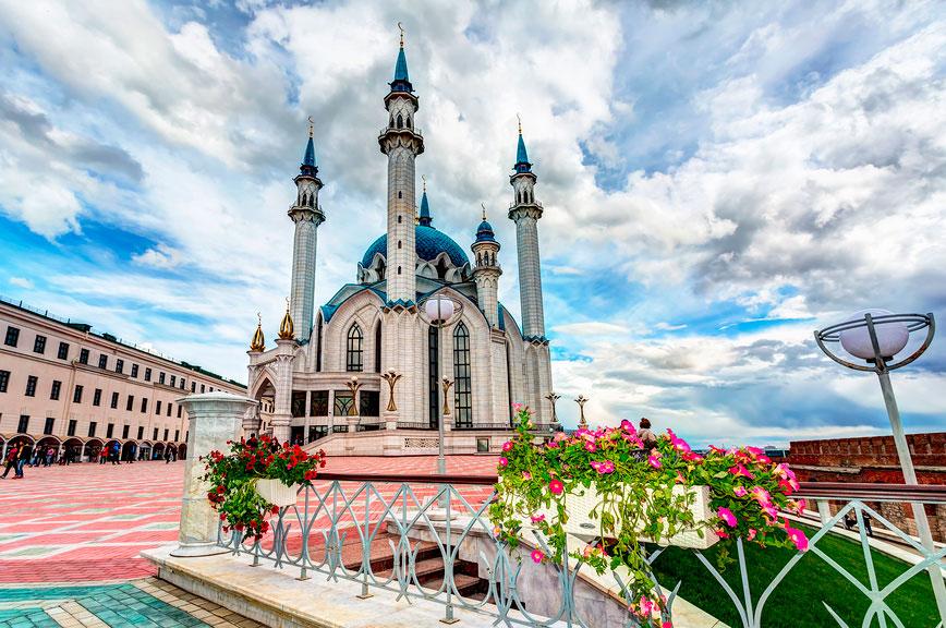 Экскурсии по Казанскому кремлю: мечеть Кул Шариф