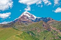 Популярные экскурсии из Тбилиси: Казбек