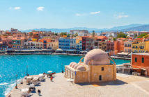 Экскурсии на Крите: вид на набережную Ханьи