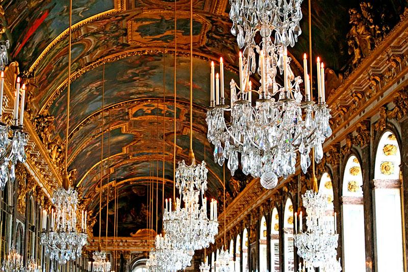 Люстры Зеркального зала в Версале (Париж, Франция)
