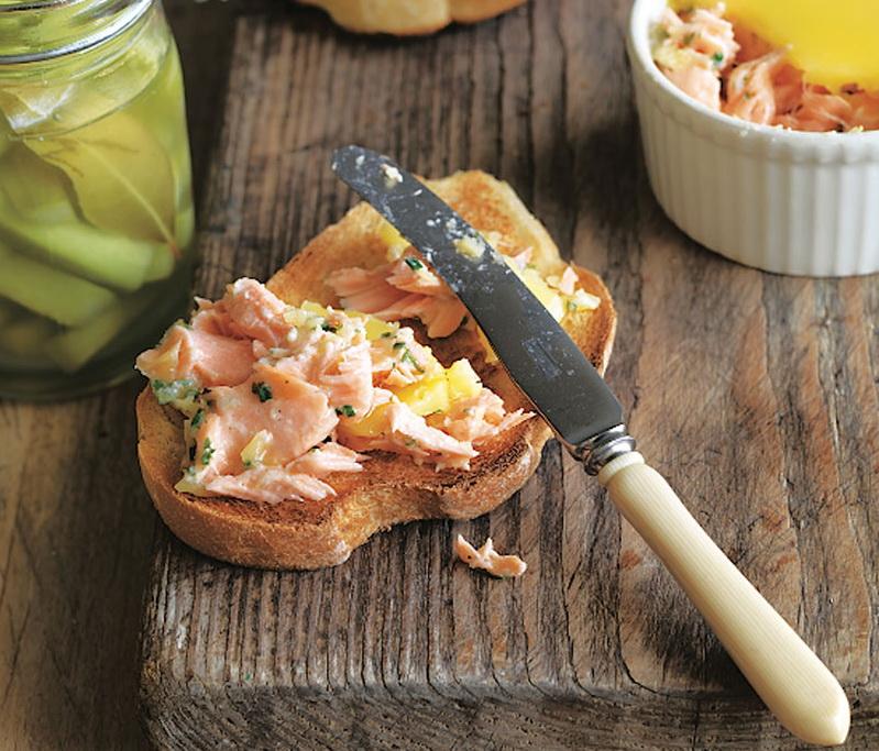 Рецепт пасты из лосося с маслом и коньяком