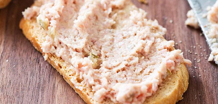 10 рецептов вкусных паст для свежего хлеба, тостов и гренок