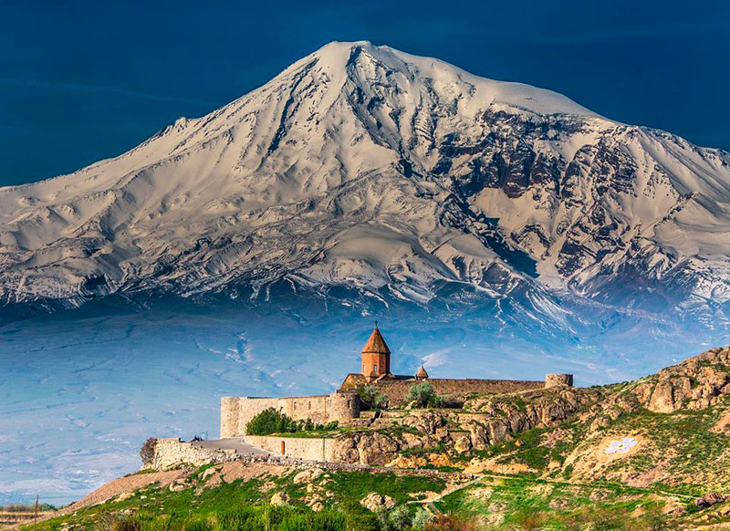 Лучшие экскурсии из Еревана: монастырь Хор Вирап