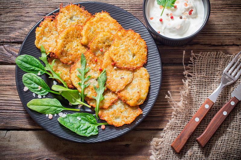 Что попробовать в Белоруссии из еды: драники (деруны)
