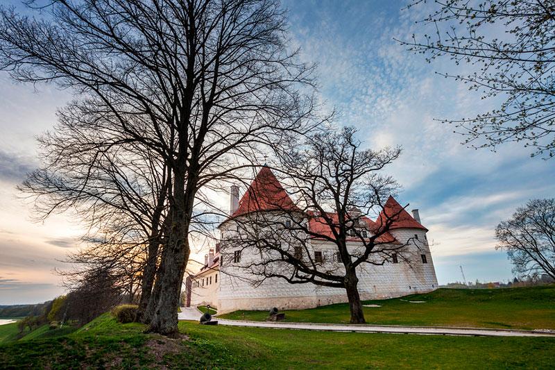 Поездки из Риги на 1 день: Бауский замок