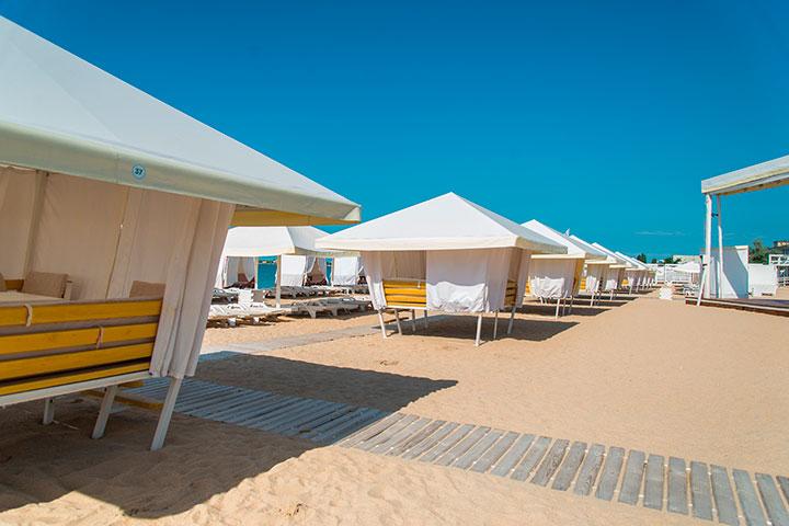 Пляжи Евпатории: «Лазурный берег»