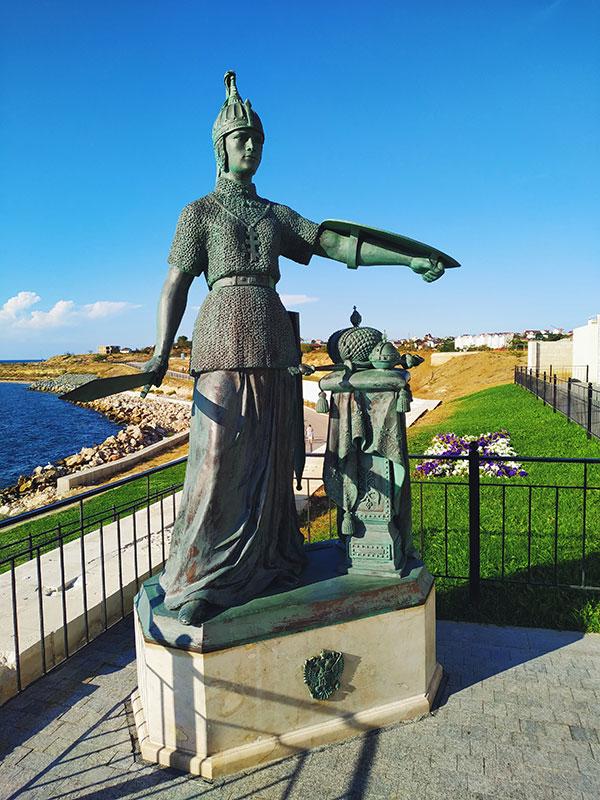 Памятник «Россия», Константиновская батарея