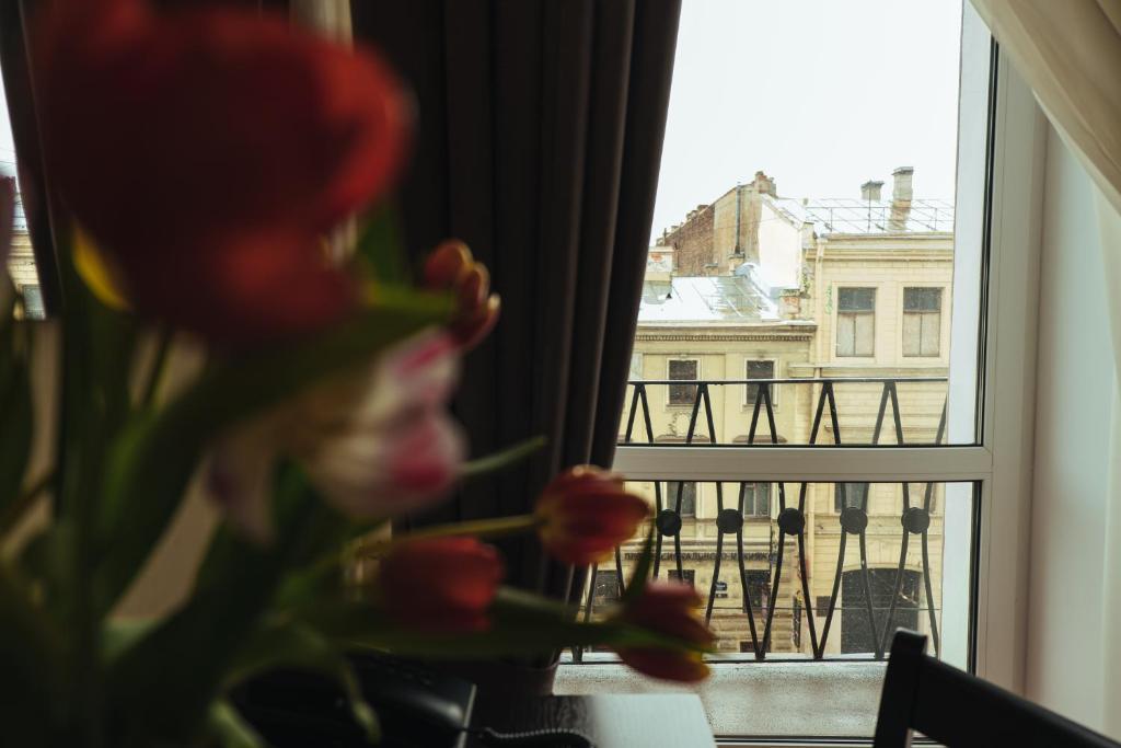 Отели Питера: Адажио на Невском
